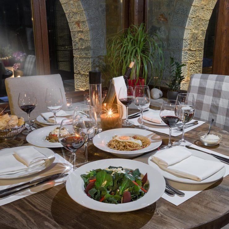 petra & fos - restaurant